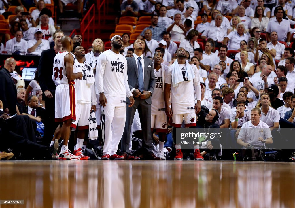 The Miami Heat look at the scoreboard in the closing minutes against the Indiana Pacers during Game Six of the Eastern Conference Finals of the 2014 NBA Playoffs at American Airlines Arena on May 30, 2014 in Miami, Florida.