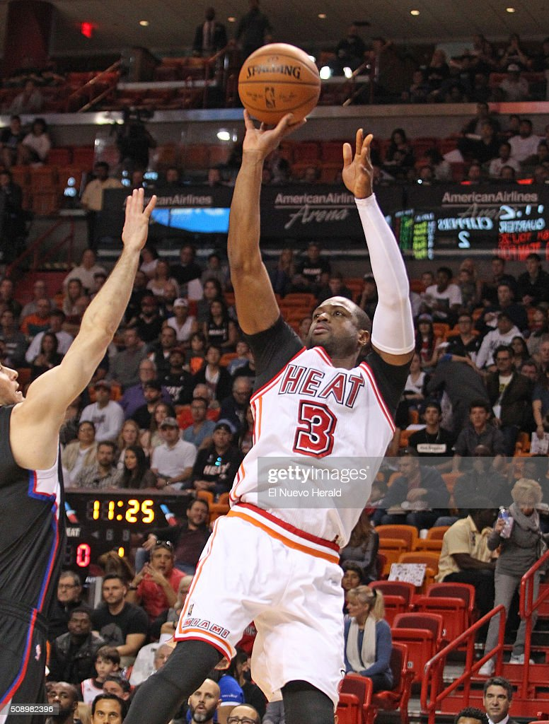 The Miami Heat's Dwyane Wade puts up a shot in the first quarter against the Los Angeles Clippers at the AmericanAirlines Arena in Miami on Sunday, Feb. 7, 2016. The Clippers won, 100-93.