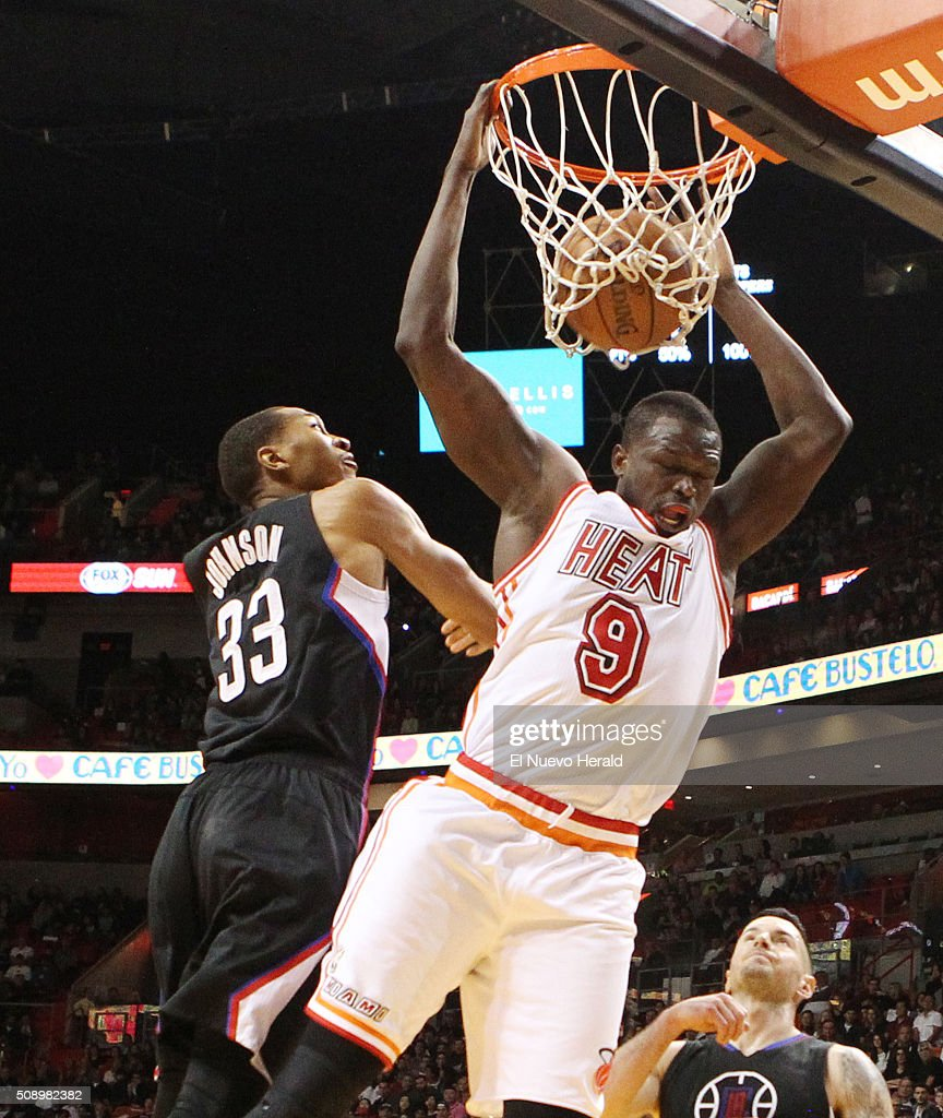 The Miami Heat's Loul Deng (9) dunks in the second quarter against the Los Angeles Clippers at the AmericanAirlines Arena in Miami on Sunday, Feb. 7, 2016. The Clippers won, 100-93.