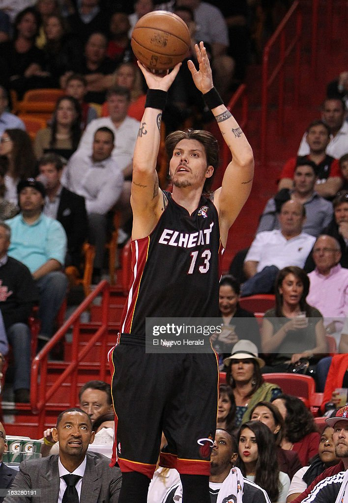The Miami Heat's Mike Miller shoots during the second quarter against the Orlando Magic at the AmericanAirlines Arena in Miami, Florida, on Wednesday, March 6, 2013. Miami edged Orlando, 97-96.