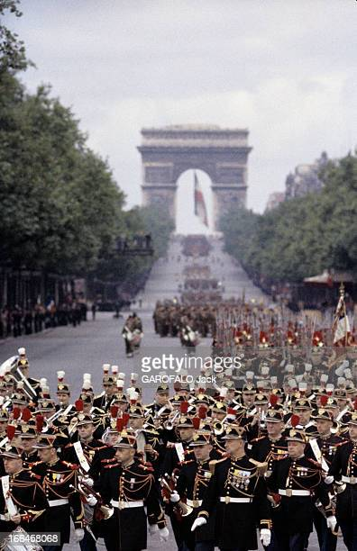The Military Parade Of July 14Th 1989 France Paris période 19561958 Le défilé du 14 juillet sur l'avenue des Champs Elysées Le Régiment de la fanfare...