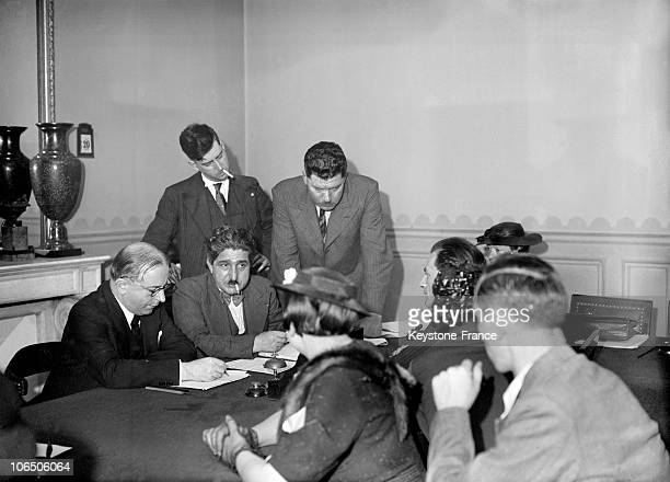 The Minister For Domestic Affairs Meeting On June 20Th 1936 The Employees Of Parisian Big Deparment Stores On A Long Run Strike Despite The Matignon...