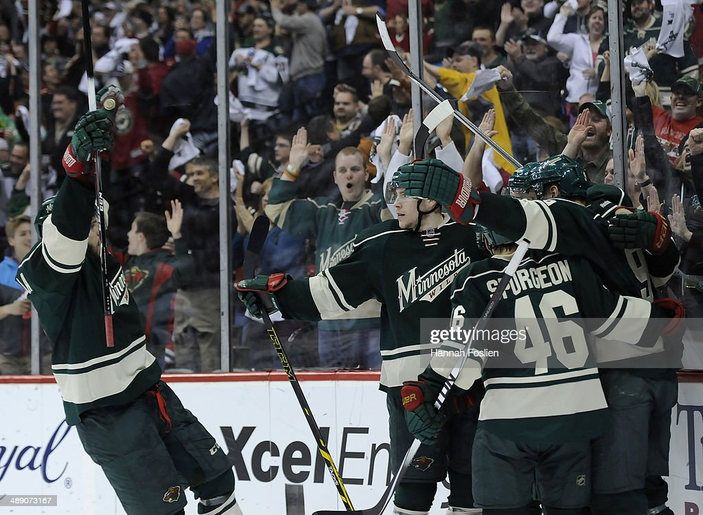 The Minnesota Wild celebrate scoring a goal against the Chicago Blackhawks by Nino Niederreiter #22 during the second period in Game Four of the Second Round of the 2014 NHL Stanley Cup Playoffs on May 9, 2014 at Xcel Energy Center in St Paul, Minnesota.