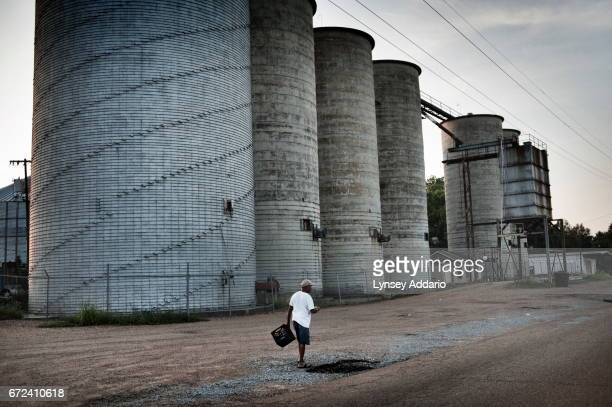 The Mississippi Delta May 31 2012 Often linked to poverty and unemployment Mississippi has some of the highest rates of diabetes obesity infant...