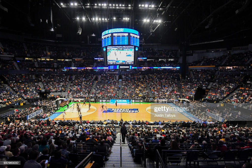 The Missouri Tigers take on the Florida State Seminoles in the first round of the 2018 NCAA Men's Basketball Tournament held at Bridgestone Arena on March 16, 2018 in Nashville, Tennessee.