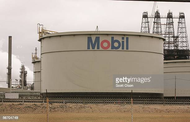 The Mobil logo is painted on a storage tank at the Exxon Mobil Corp refinery January 30 2006 in Joliet Illinois Exxon Mobil posted a record $1071...
