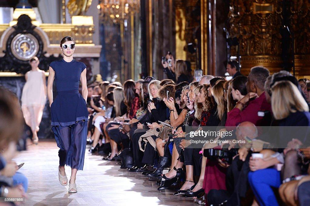 The model Miranda Kerr open the runway during Stella McCartney show, as part of the Paris Fashion Week Womenswear Spring/Summer 2014, in Paris.