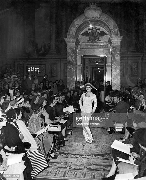 The Model Victoire Doutreleau Presenting A Dress From The Winter Collection By The Couturier Christian Dior In One Of The Rooms Of The Palace Of...