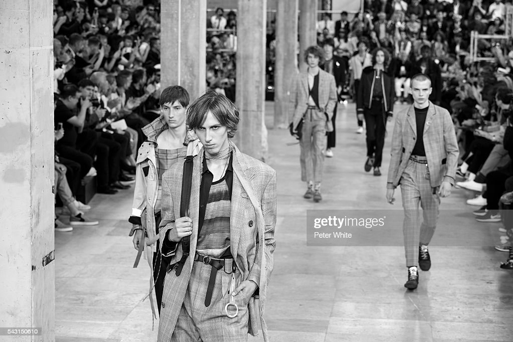 The models walks the runway during the Lanvin Menswear Spring/Summer 2017 show as part of Paris Fashion Week on June 26, 2016 in Paris, France.