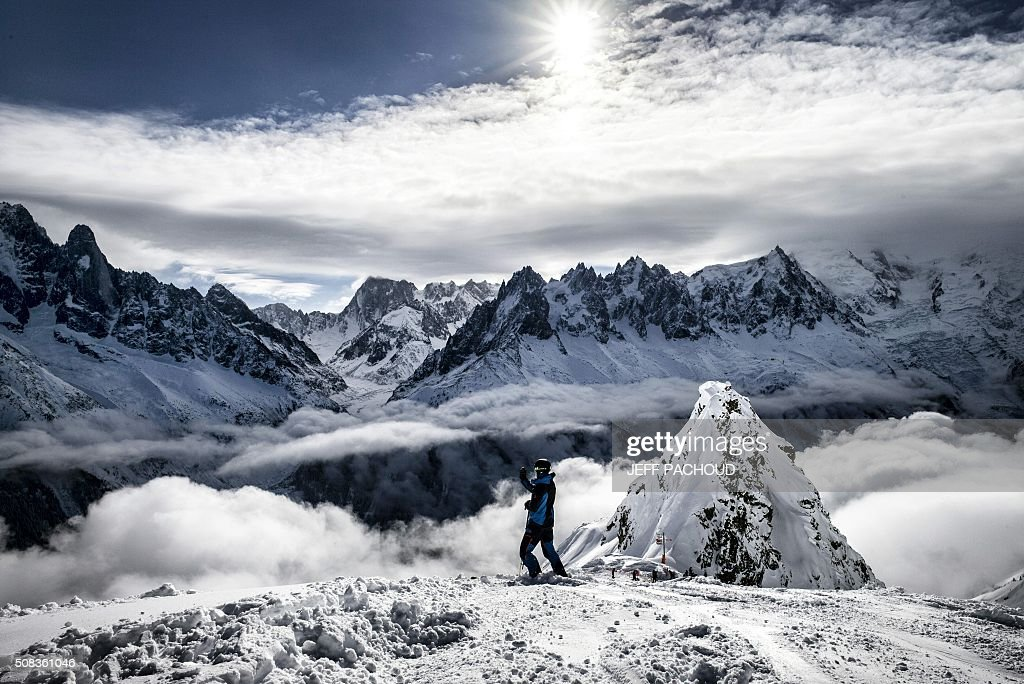 TOPSHOT - The Mont Blanc massif is pictured on February 4, 2016 in Chamonix. / AFP / JEFF