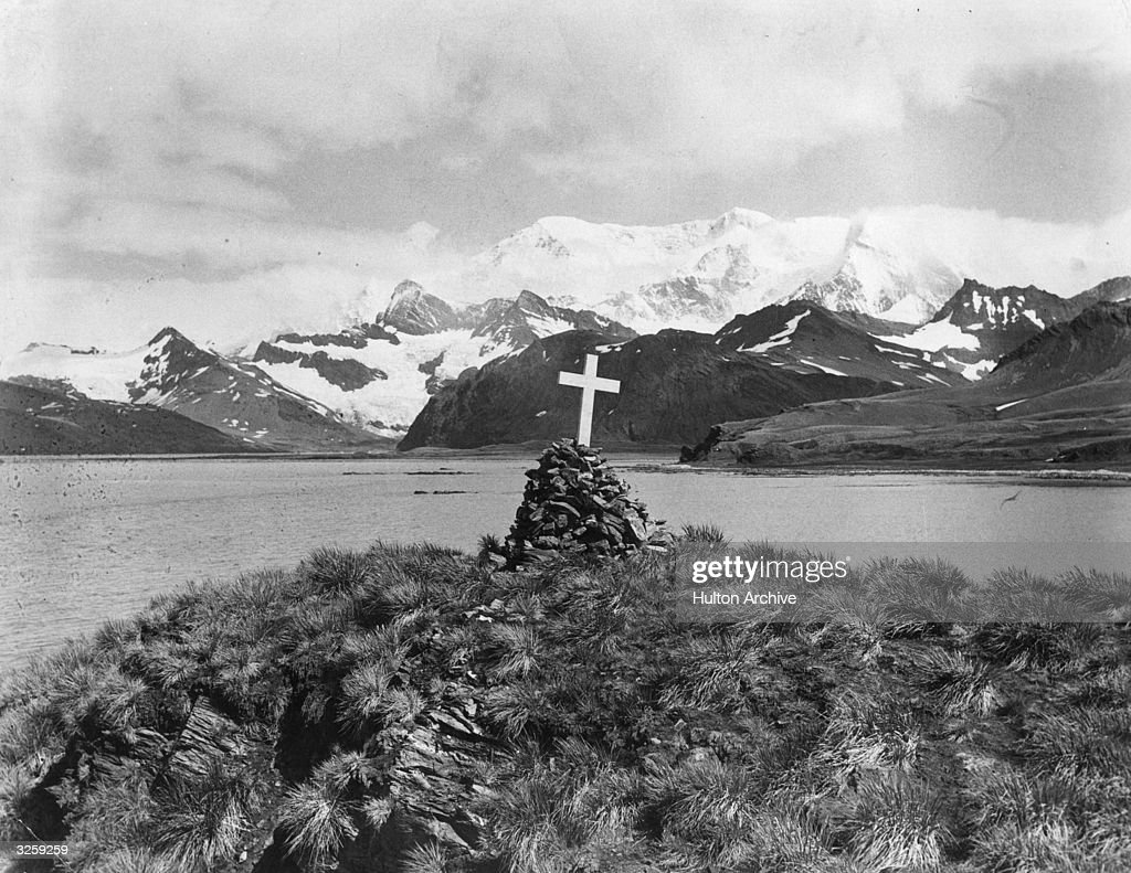 Where is Ernest Shackleton buried?