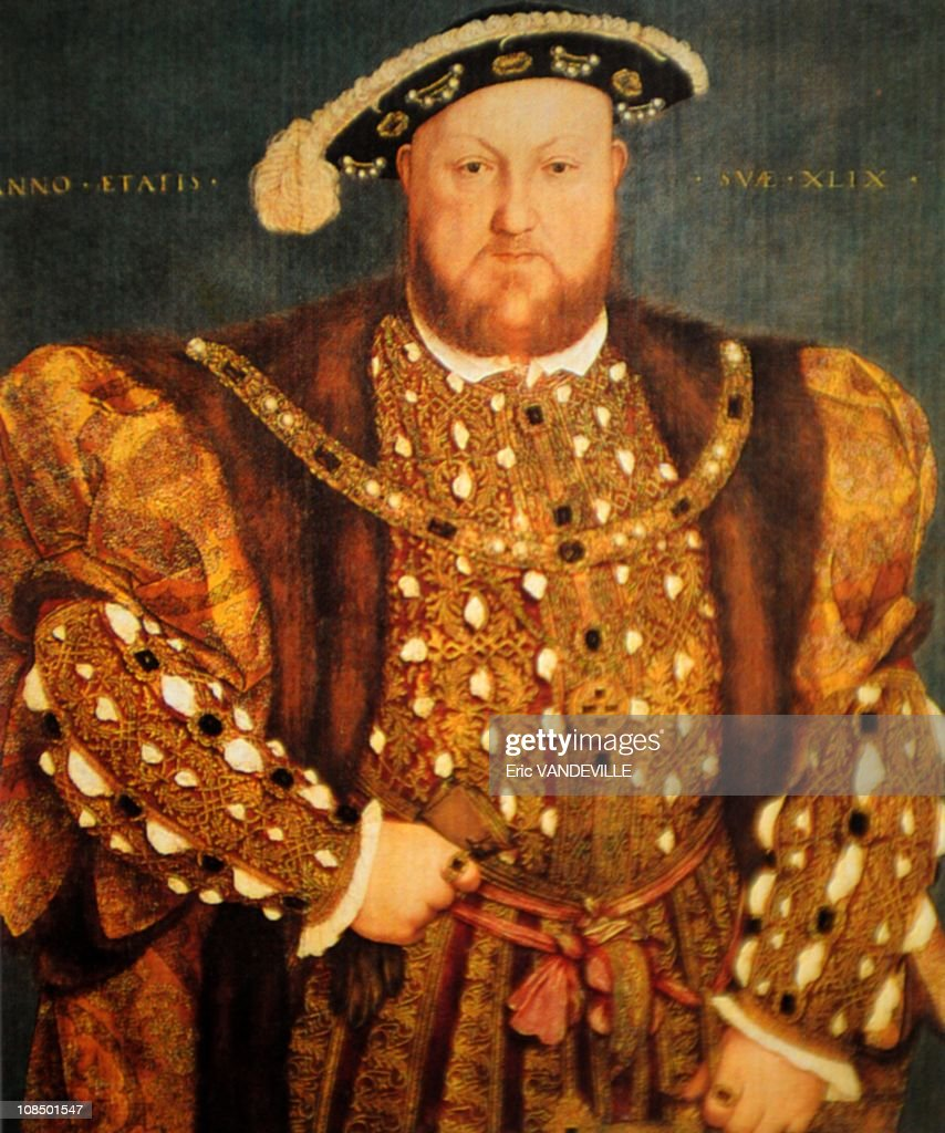 The most determining cause of the Anglican schism was Henry VIII (1509-1547) 's wish to get rid of his legitimate wife, Catherine of Aragon in order to get married with Anne Boleyn.The Peers of England, all together, acted in favour of the sovereign and with the present document bearing 83 seals of just as many signers of the document, in 1530 asked the Pope to put an end to the long wait of the entire English Nation. It is well-known that the Pope Clement VII then declared legitimate Henry VIII's marriage with Catherine of Aragon, and therefore indissoluble, and how the sovereign, hindered from carrying out his plans, got married again and declared the separation of the Church of England from the Church of Rome (the Anglican schism). The document (1 meter x 2 meters. 2,5 kilos) in extraordinarily good condition was presented on the occasion of the 500th anniversary of Henry's coronation. A reproduction of the letter will be given as a gift to Pope Benedict XVI, and another 199 will be produced at the rate of about two a month. Each will sell for about $68,000.