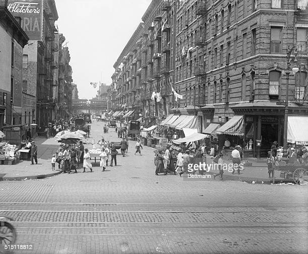The Most Populated Street in New York City East 112th Street General view of East 112th Street