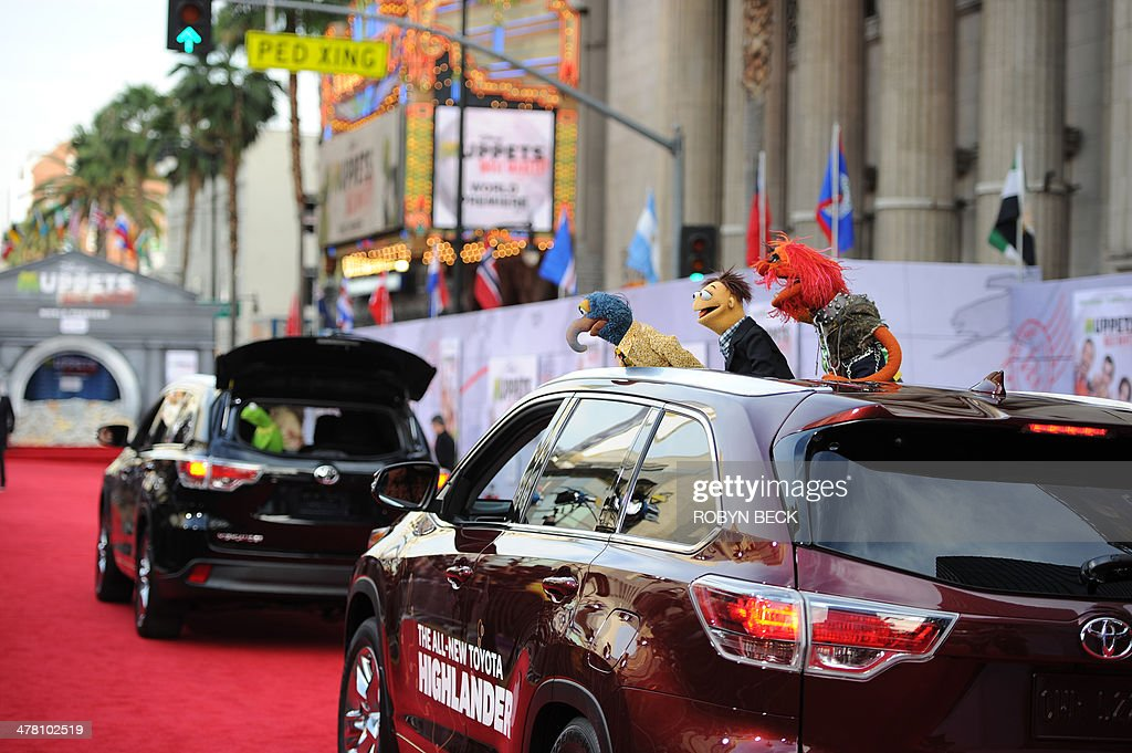 The Muppets arrive for the world premiere of Disney's 'Muppets Most Wanted,' March 11, 2014 at El Capitan Theatre in Hollywood, California. AFP PHOTO / ROBYN BECK