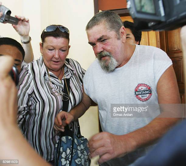 The natural father and mother of accused Australian drug smuggler Schapelle Corby are seen after visiting their daughter in Kerobokan Jail on May 26...