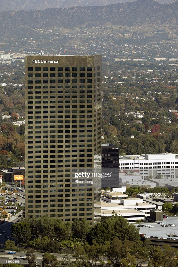 The NBCUniversal Media LLC building stands in Los Angeles, California, U.S., on Thursday, Nov. 17, 2011. Los Angeles faces an almost $200 million deficit for the 2013 fiscal year and projected pension and salary increases for city employees totaling $479 million through 2015, analysts said this year. Photographer: Andrew Harrer/Bloomberg via Getty Images