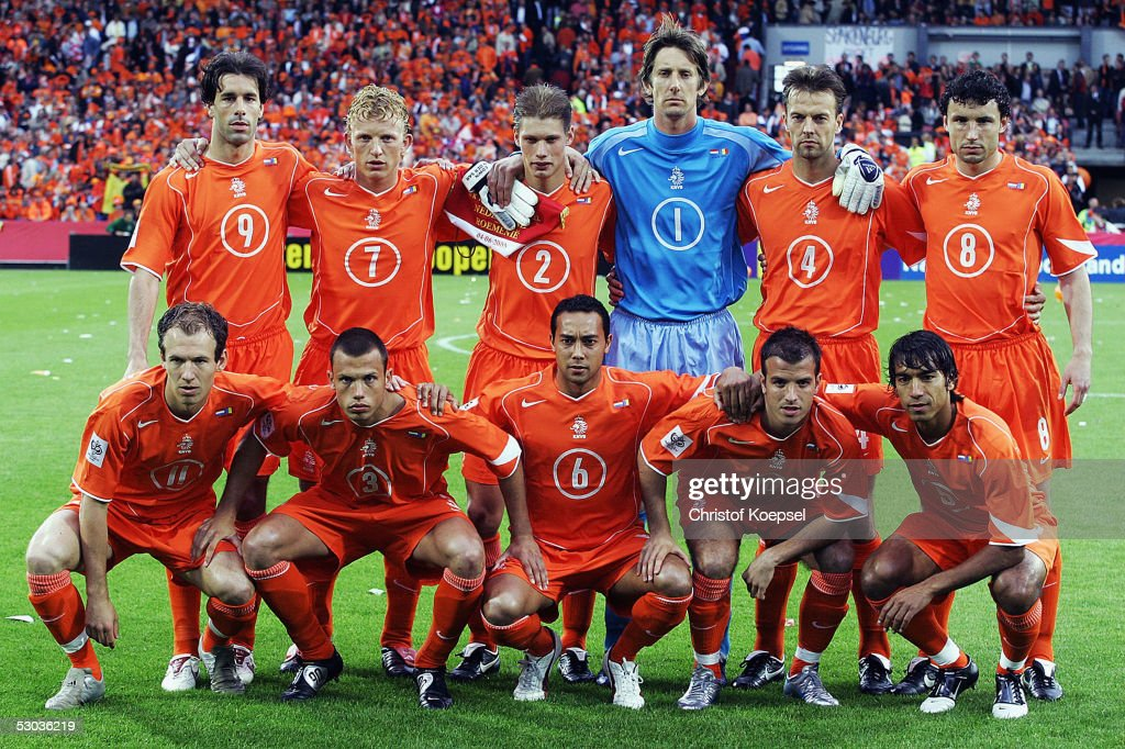 The Netherlands players (Back row, from left) Ruud van Nistelrooy, Dirk Kuyt, Theo Lucius, Edwin van der Sar, Barry Opdam, Mark van Bommel, (Front row, from left) <a gi-track='captionPersonalityLinkClicked' href=/galleries/search?phrase=Arjen+Robben&family=editorial&specificpeople=194740 ng-click='$event.stopPropagation()'>Arjen Robben</a>, Johnny Heitinga, Denny Landzaat, <a gi-track='captionPersonalityLinkClicked' href=/galleries/search?phrase=Rafael+van+der+Vaart&family=editorial&specificpeople=210815 ng-click='$event.stopPropagation()'>Rafael van der Vaart</a> and Giovanni van Bronckhorst pose for a team group photo before the World Cup qualifier between Netherlands and Romania on June 4, 2005 in Rotterdam, Netherlands.