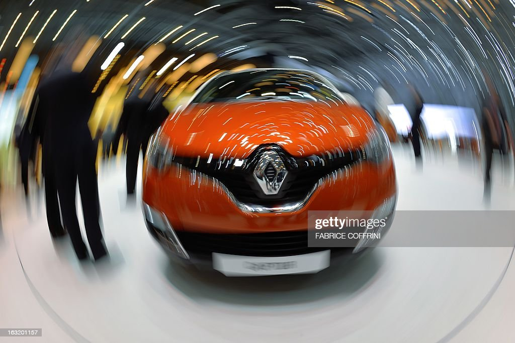 The new French Renault Captur model car is displayed as world premiere at the Geneva International Motor Show on March 6, 2013. Global sales of cars, buses, utility vehicles and trucks are expected to grow three percent this year, down from five percent in 2012, according to a forecast published on March 6, 2013. The growth forecast, presented by the International Organisation of Motor Vehicle Manufacturers (OICA) at the Geneva Motor Show, is based on figures provided by the national car federations in three quarters of OICA member countries.