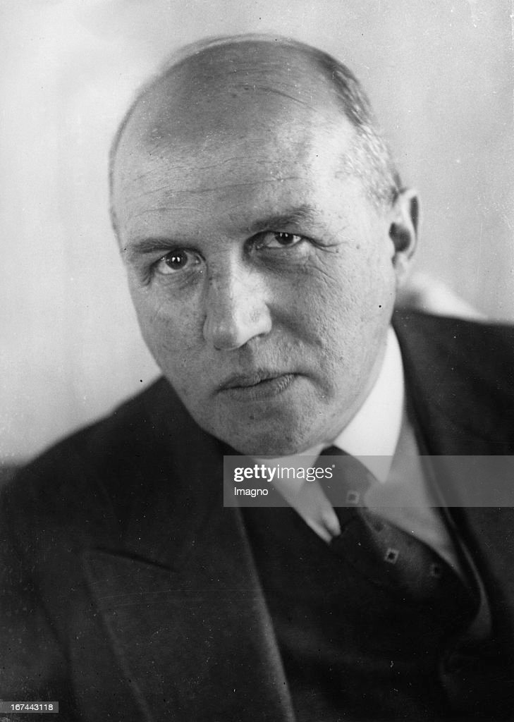 The new German Labor Minister Friedrich Syrup. 1932. Photograph. (Photo by Imagno/Getty Images) Der neue deutsche Reichsarbeitsminister Friedrich Syrup. 1932. Photographie.