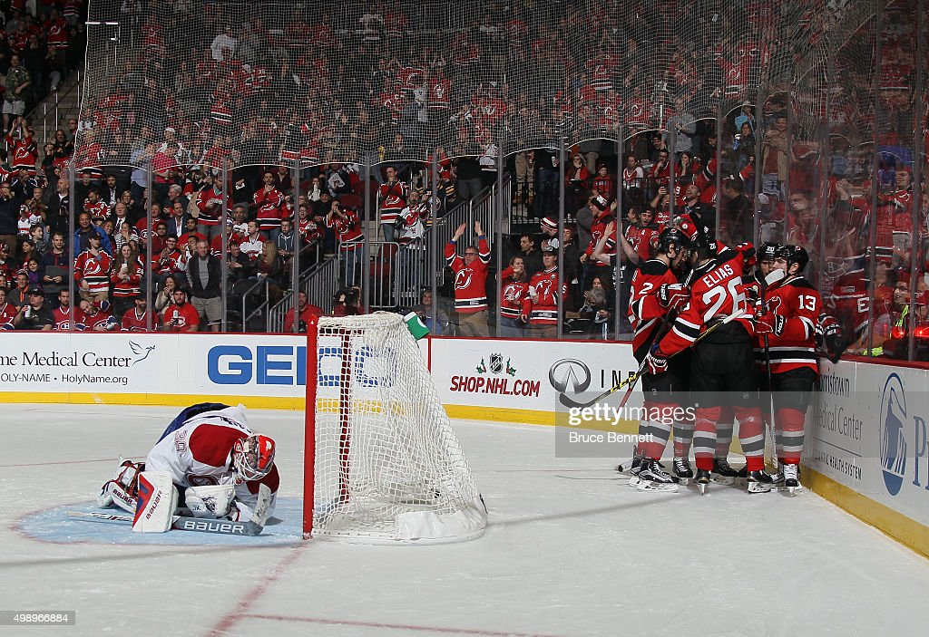 The New Jersey Devils celebrate a powerplay goal by Lee Stempniak at 906 of the second period against Mike Condon of the Montreal Canadiens at the...