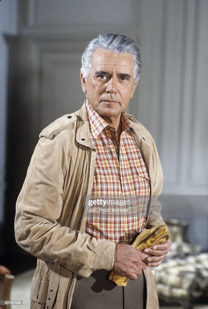DYNASTY - 'The New Lady in Town' 5/2/84 John Forsythe