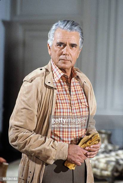DYNASTY 'The New Lady in Town' 5/2/84 John Forsythe