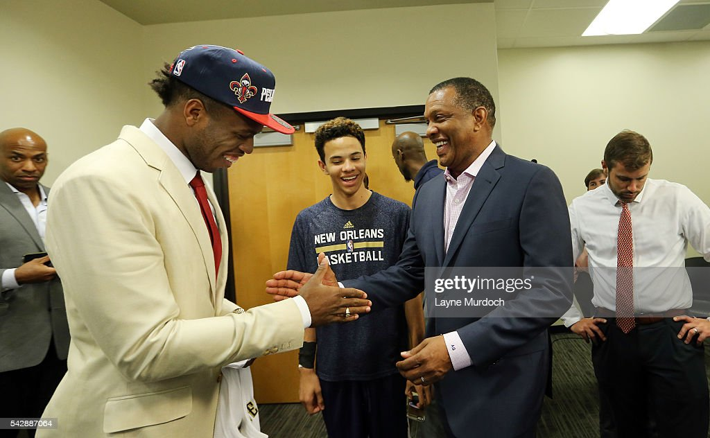 The New Orleans Pelicans 2016 Draft selection <a gi-track='captionPersonalityLinkClicked' href=/galleries/search?phrase=Buddy+Hield&family=editorial&specificpeople=9988395 ng-click='$event.stopPropagation()'>Buddy Hield</a> shakes hands with head coach <a gi-track='captionPersonalityLinkClicked' href=/galleries/search?phrase=Alvin+Gentry&family=editorial&specificpeople=650057 ng-click='$event.stopPropagation()'>Alvin Gentry</a> of the New Orleans Pelicans on June 24, 2016 at the New Orleans Practice Facility in New Orleans, Louisiana.