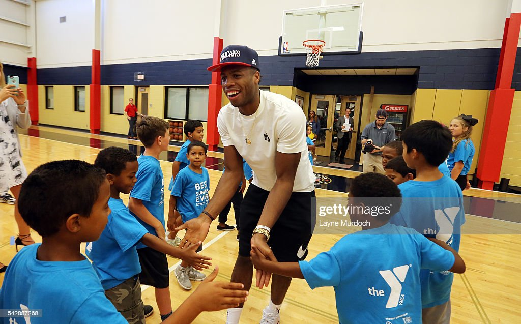The New Orleans Pelicans 2016 Draft selection <a gi-track='captionPersonalityLinkClicked' href=/galleries/search?phrase=Buddy+Hield&family=editorial&specificpeople=9988395 ng-click='$event.stopPropagation()'>Buddy Hield</a> shakes hands with some young fans on June 24, 2016 at the New Orleans Practice Facility in New Orleans, Louisiana.