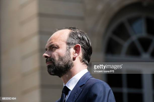 The new Prime Minister the right wing Mayor of Le Havre Edouard Philippe attends a power handover ceremony at the Hotel de Matignon on May 15 2017 in...