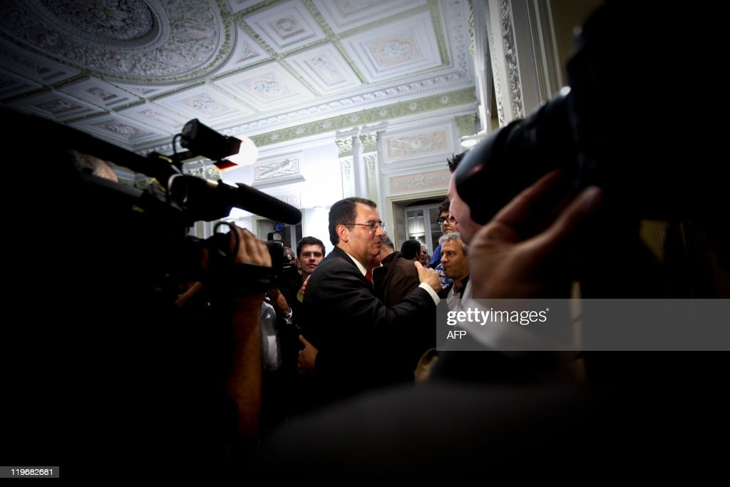 The new secretarygeneral of the Socialist party Jose Antonio Seguro is greeted by supporters after winning the elections against his opponent...