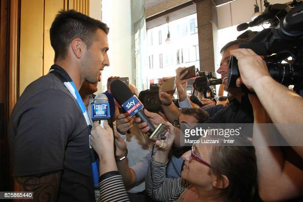 The new signing of FC Internazionale Milano Matias Vecino salutes the fans at FC Internazionale headquarters on August 1 2017 in Milan Italy