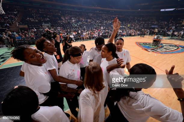 The New York Liberty huddle before the game against the Minnesota Lynx during the WNBA game on August 20 2017 at the Madison Square Garden in New...