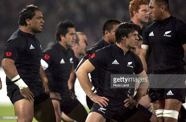 The New Zealand team do the haka prior to the International rugby match between France and New Zealand at the Gerland stadium on November 11 2006 in...