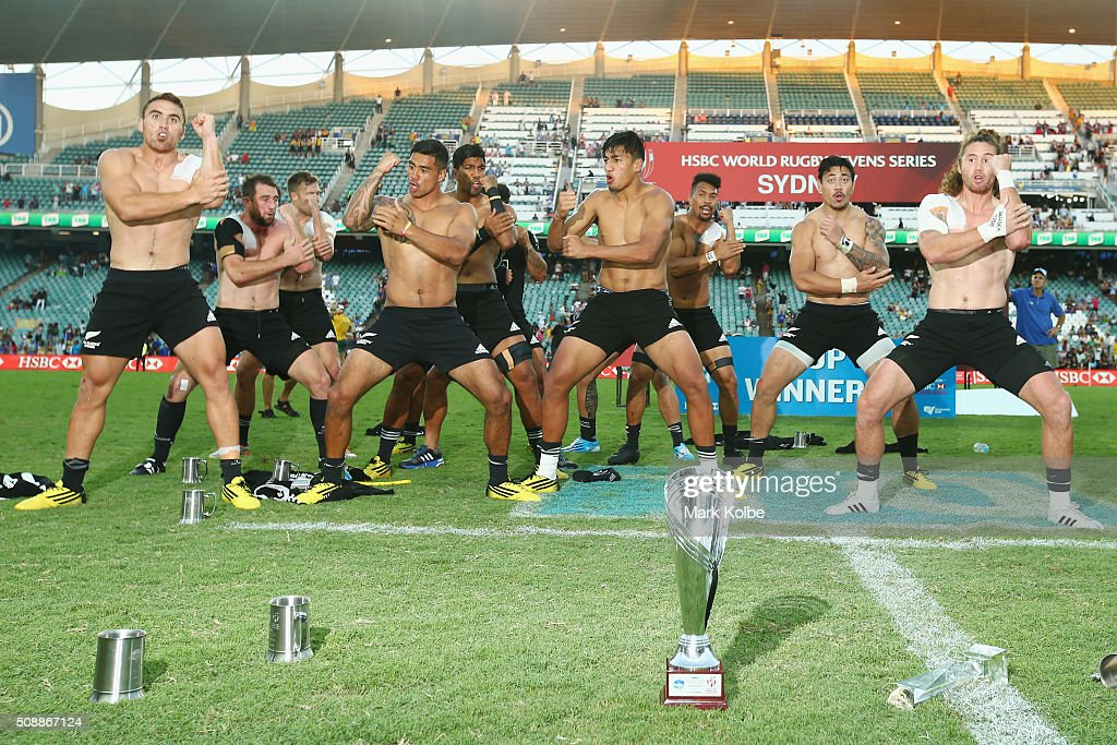 The New Zealand team perform the haka as they celebrate victory after the 2016 Sydney Sevens cup final match between Australia and New Zealand at Allianz Stadium on February 7, 2016 in Sydney, Australia.