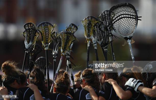 The New Zealand team touch sticks ahead of the second half during the quarter final match between Canada and New Zealand during the 2017 FIL...