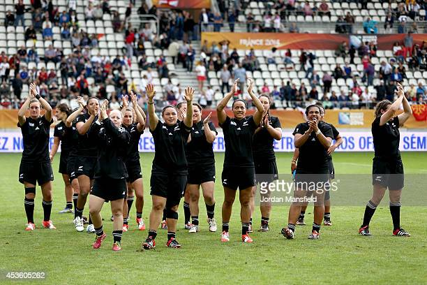 The New Zealand team wave to their fans after the IRB Women's Rugby World Cup 5th place match between New Zealand and Wales at Stade Jean Bouin on...