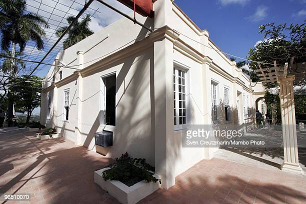 The newly restored façade of Ernest Hemingway�s house at the Finca Vigia on January 6 2007 in Havana Cuba The Hemingway Finca Vigia now turned into a...