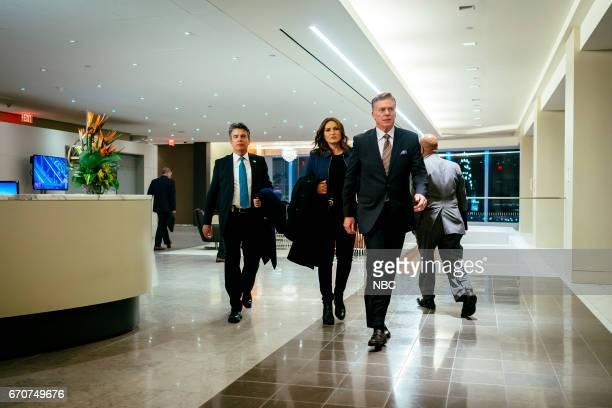 UNIT 'The Newsroom' Episode 1817 Pictured Peter Gallagher as Chief William Dodds Mariska Hargitay as Lieutenant Olivia Benson Christopher McDonald as...