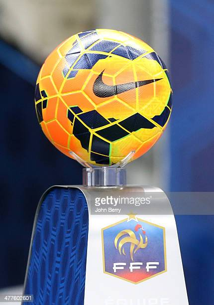 The Nike ball of the match awaits the players before the international friendly match between France and the Netherlands at Stade de France on March...