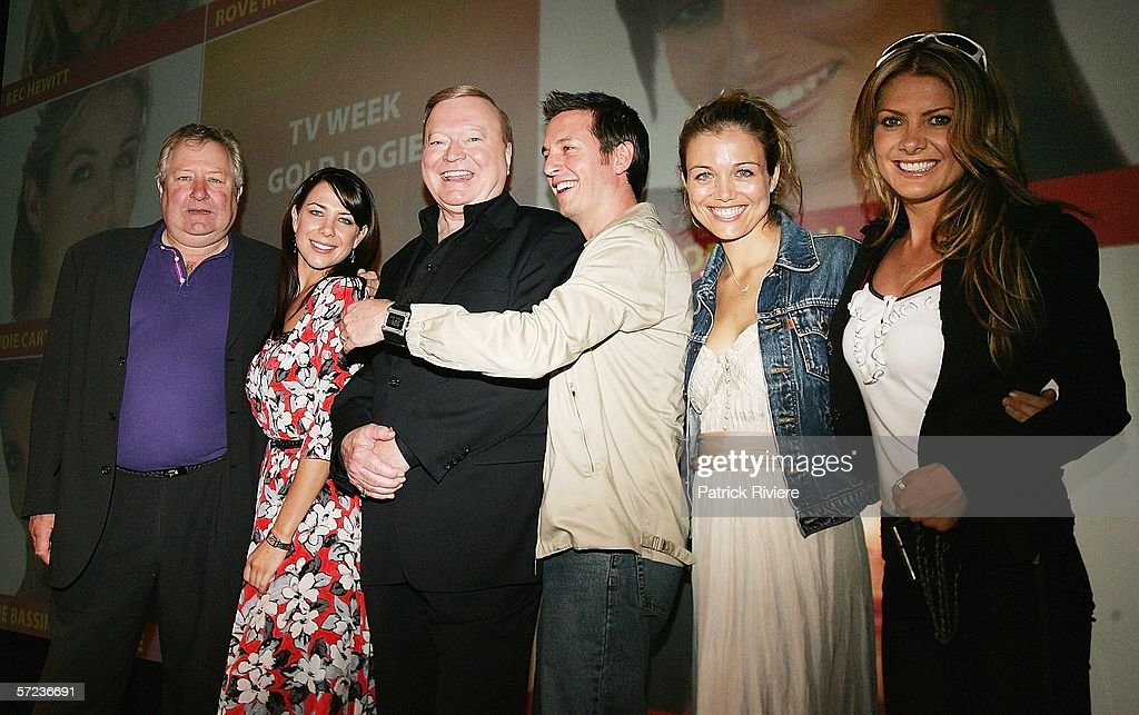 The nominees for the gold Logie John Wood Kate Ritchie Bert Newton Rove McManus Bridie Carter and Natalie Bassingthwaighte pose together at 2006 TV...