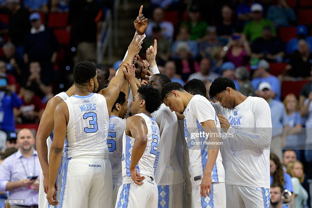 The North Carolina Tar Heels huddle up before the start of their game against the Florida Gulf Coast Eagles during the first round of the 2016 NCAA...