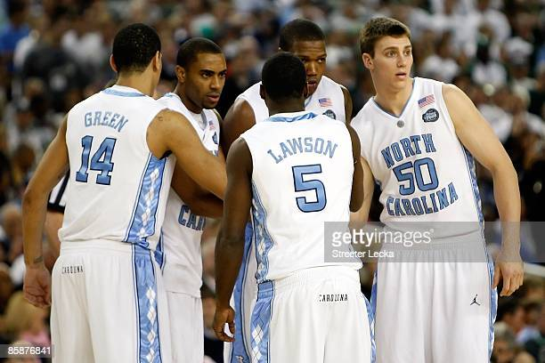 The North Carolina Tar Heels huddle up prior to playing against the Michigan State Spartans during the 2009 NCAA Division I Men's Basketball National...