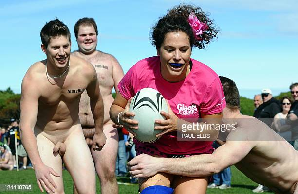 The Nude Blacks of New Zealand practice a line out before taking on Spanish Conquistadores a female team from Barcelona in Dunedin on September 10...