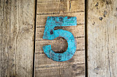 The number five rustic style