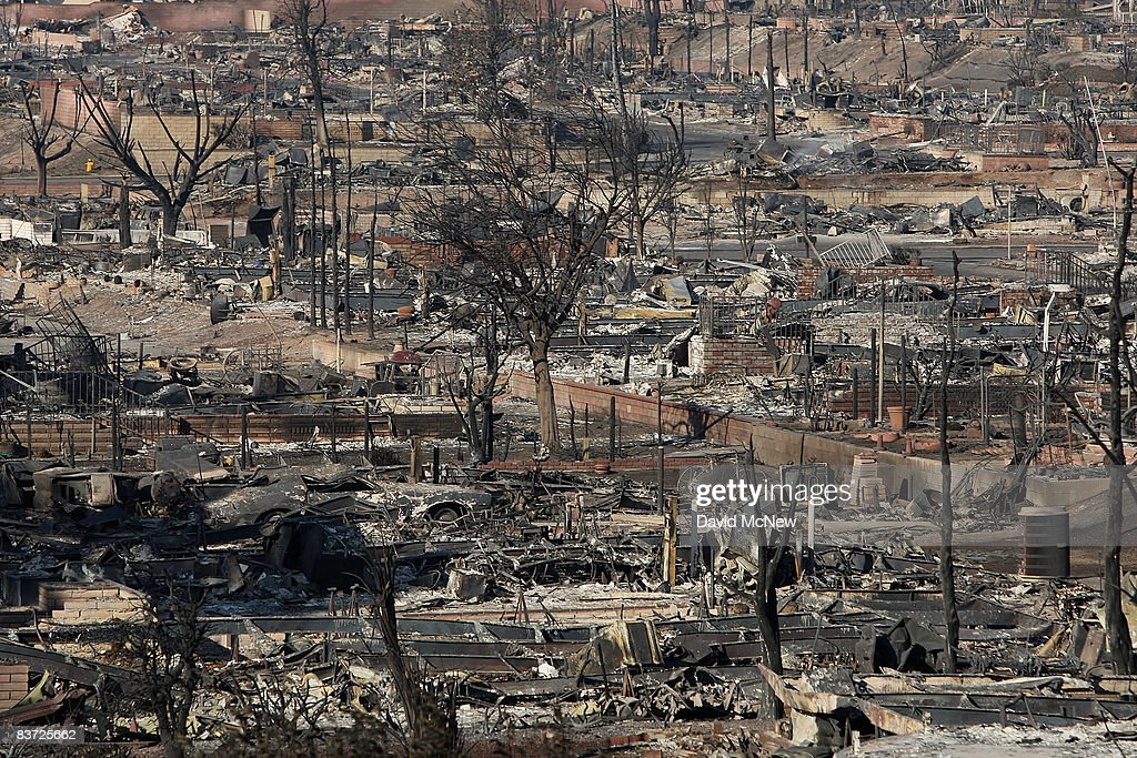 The Oakridge Mobile Home Park Where 480 Homes Were Destroyed By Wildfire Lies In Ruins As