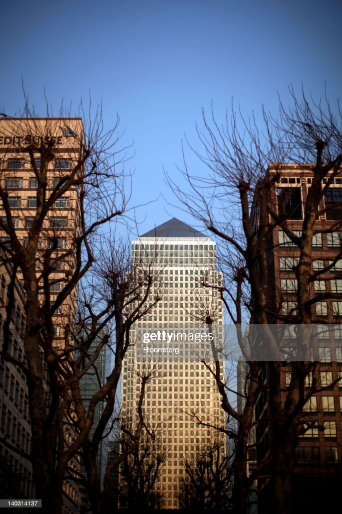 The office of the financial ratings agency Moody's Investors Service Ltd located within One Canada Square center is seen at the Canary Wharf business...