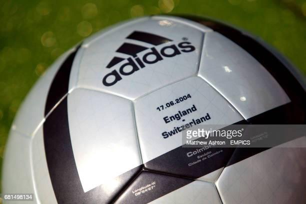The official matchball
