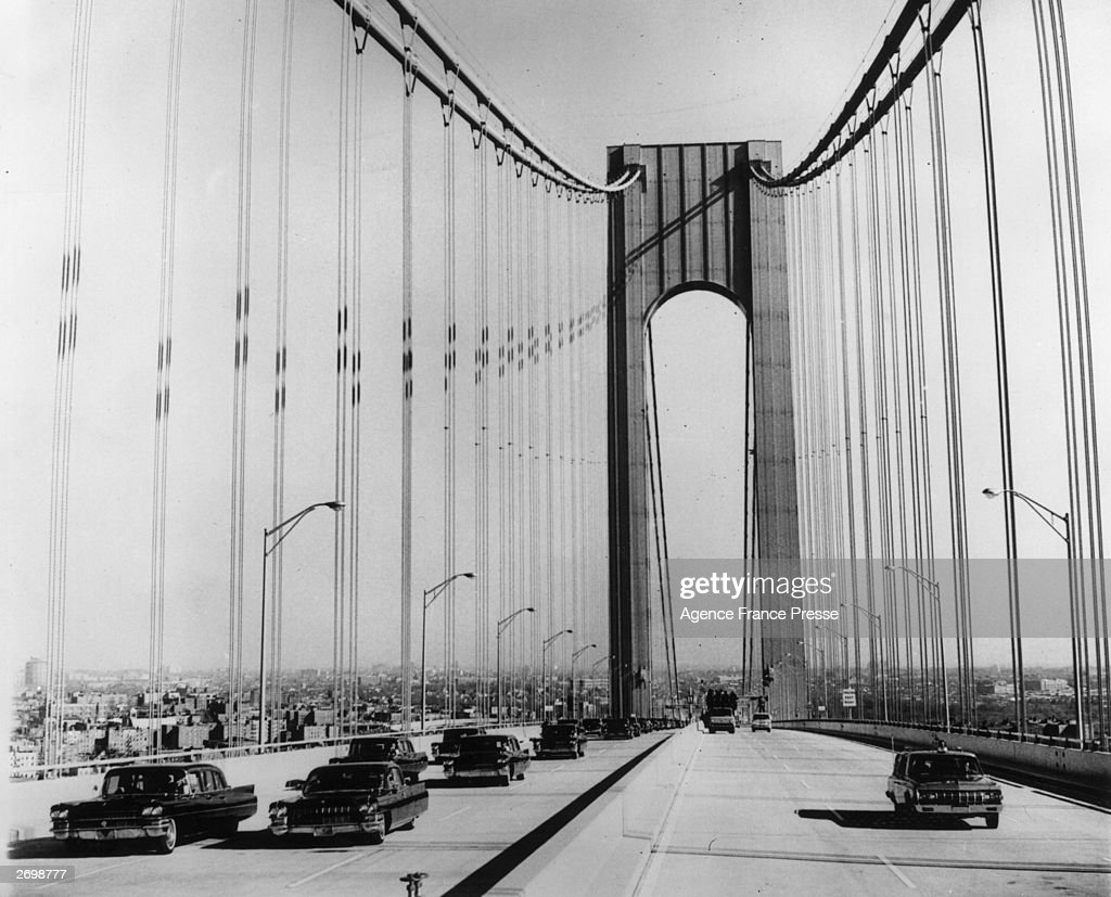 The official motorcade crossing the Verrazano Narrows Bridge in New York during the opening ceremony.