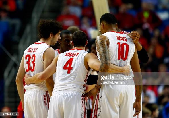 The Ohio State Buckeyes huddle during the second round of the 2014 NCAA Men's Basketball Tournament against the Dayton Flyers at the First Niagara...