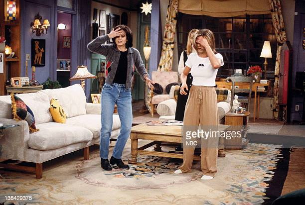 FRIENDS 'The One After the Superbowl' Episode 12 Pictured Courteney Cox Arquette as Monica Geller Jennifer Aniston as Rachel Green
